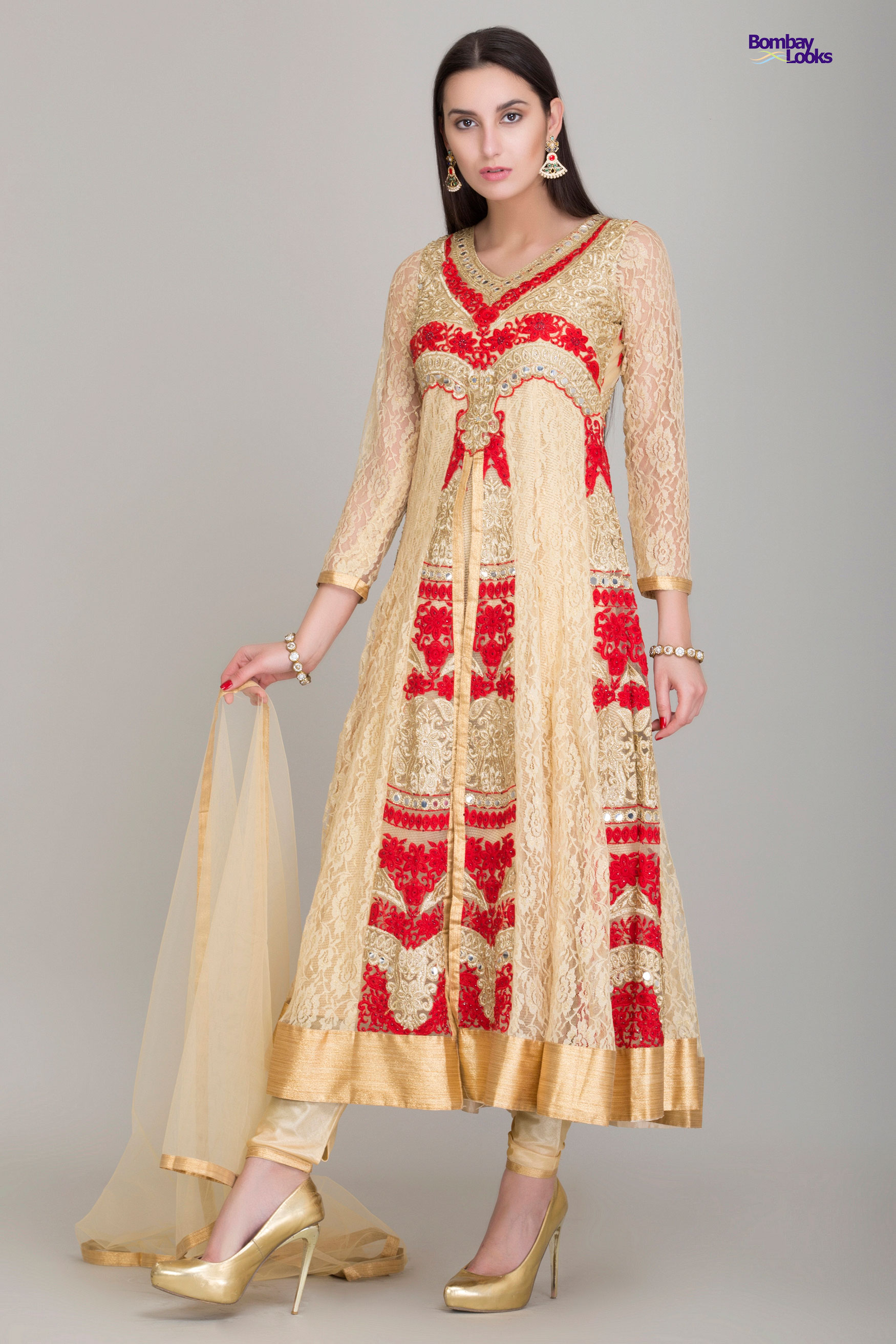 Soft embroidered suit in red and beige