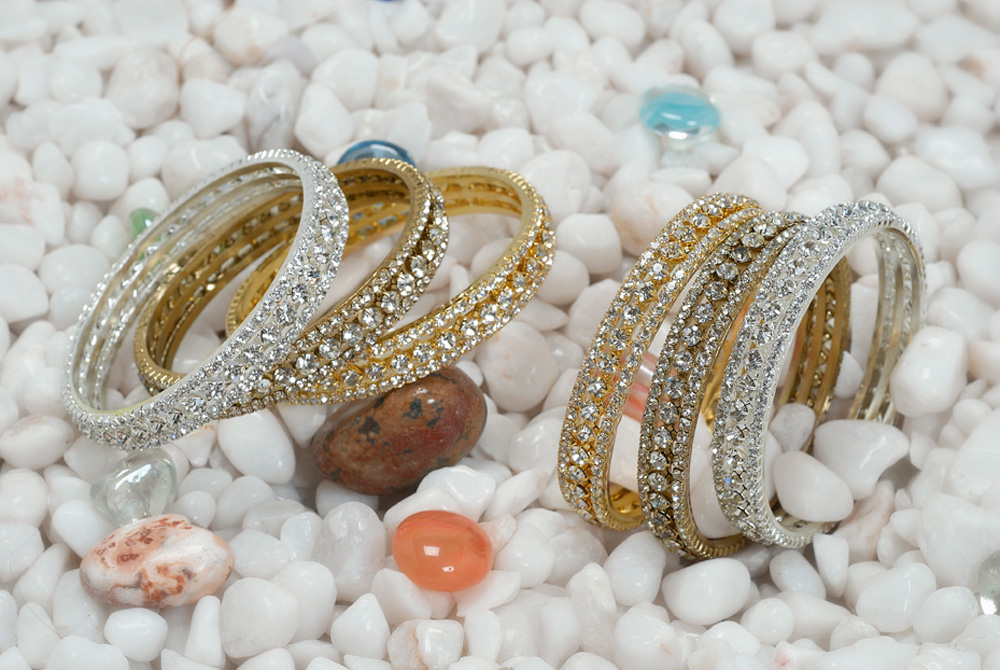 Glamorous silver and gold sequinned bangle set in antique, silver and gold finish